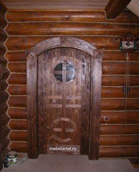 Арочная дверь из массива сосны