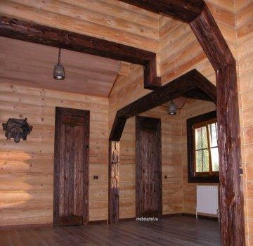 Межкомнатная дверь из массива сосны