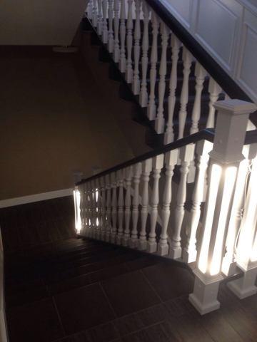 Деревянная лестница с кафелем