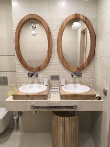 Гарнитур в ванной комнате