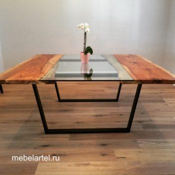 Стол с элементами стелка и слэба