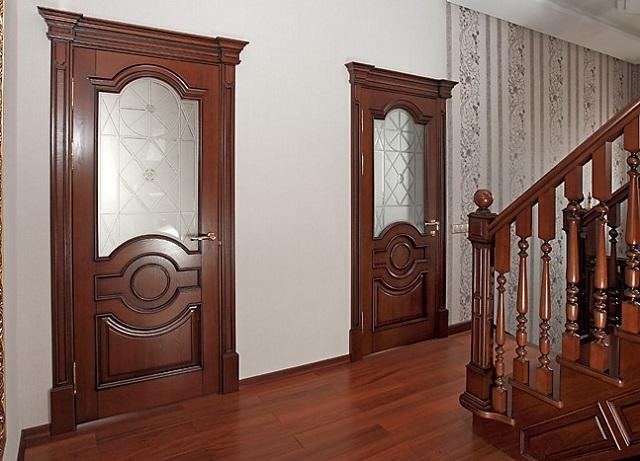 деревянные двери в москве